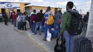 Email x1 african asylum seekers
