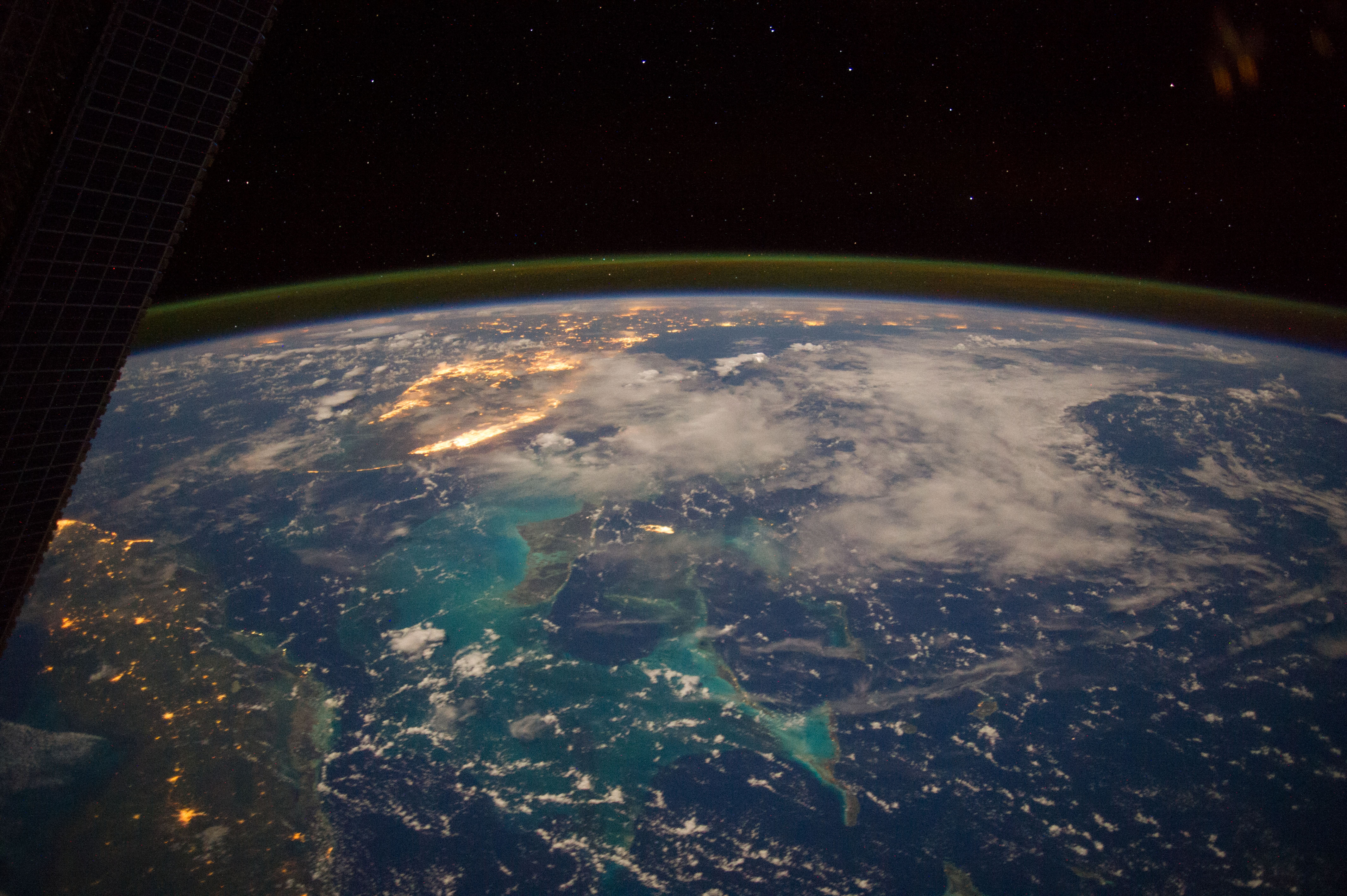 pictures from space - HD4256×2832